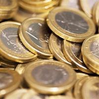 Cada euro cuenta para las operadoras, que parecen haberse cansado de bajar el precio de sus tarifas