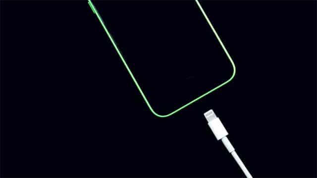 A pesar de lo que mucha gente cree, no hay que esperar a que el móvil se apague para ponerlo a cargar.