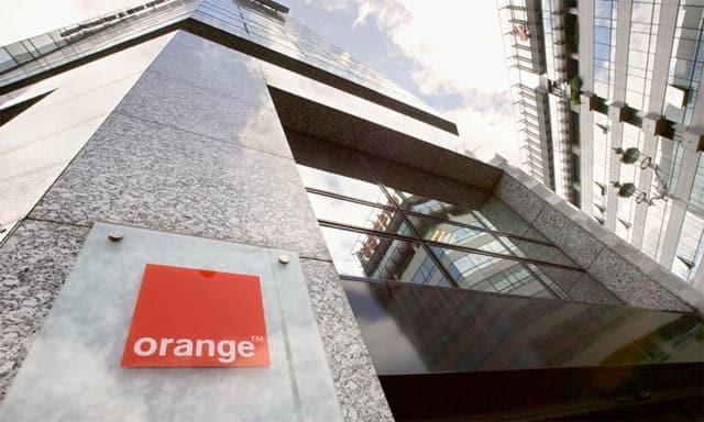 Jazztel amena y simyo motivo de orgullo para orange for Oficinas simyo