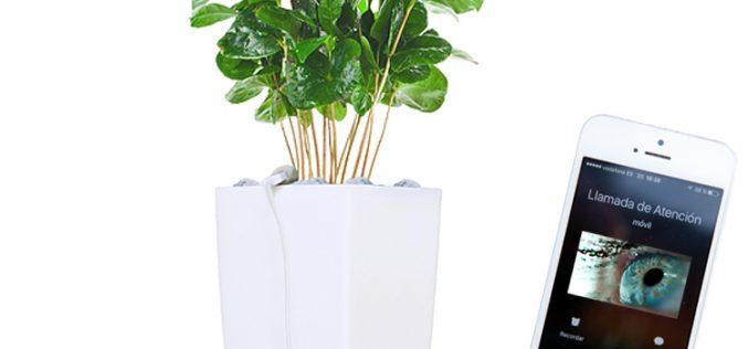 Bioo Lite: Carga tu smartphone con una planta