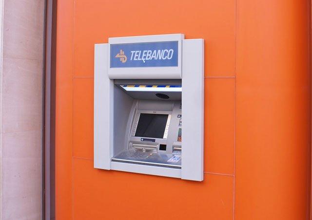 Ing direct puentea a los cajeros autom ticos con twyp cash for Oficinas en madrid de ing direct