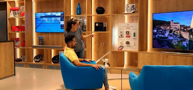 CaixaBank lanza Family Store, su nueva casa para vender móviles