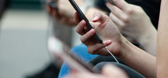 Móbil R renueva sus tarifas de solo móvil con bonos ilimitados